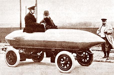 """Contructeur de la """"Jamais Contente"""" voiture écolo AD 1899"""