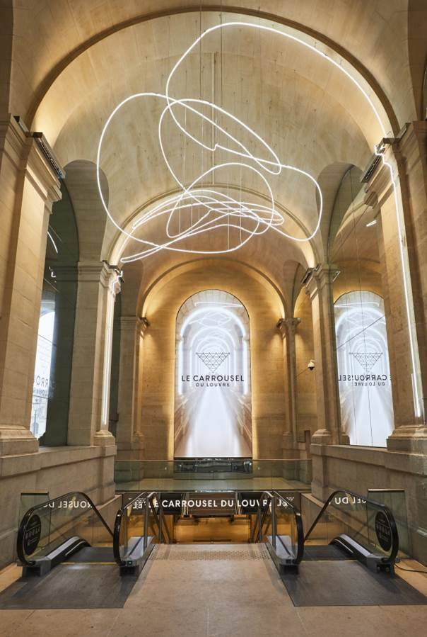 Carrousel-du-Louvre_Lasso-Neon