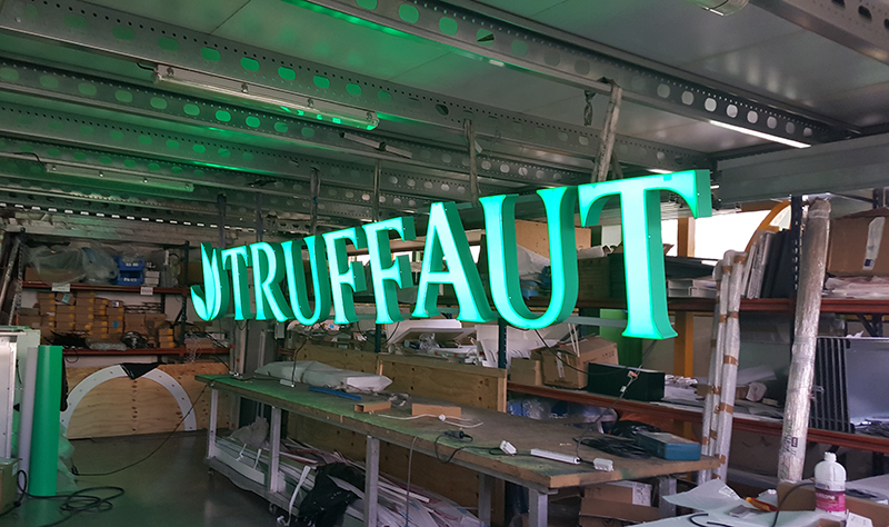 Test de couleurs : vert Truffaut dans notre atelier